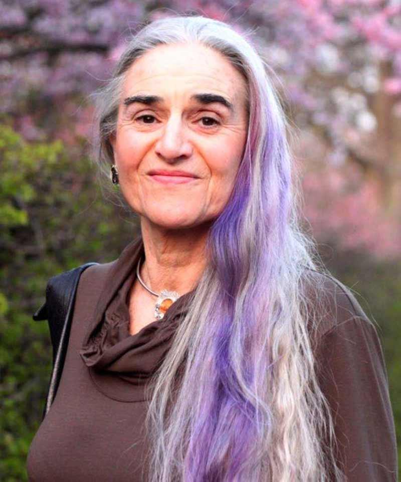 avos-com-cabelo-colorido-lavanda