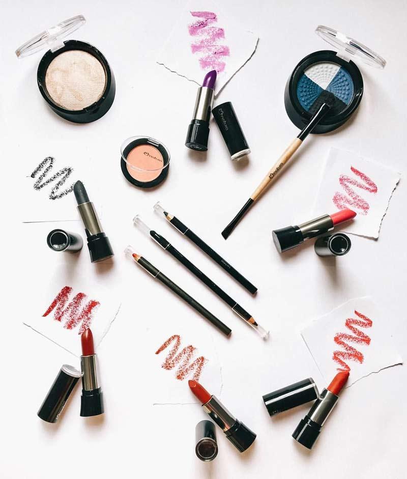 como-desinfectar-maquiagem