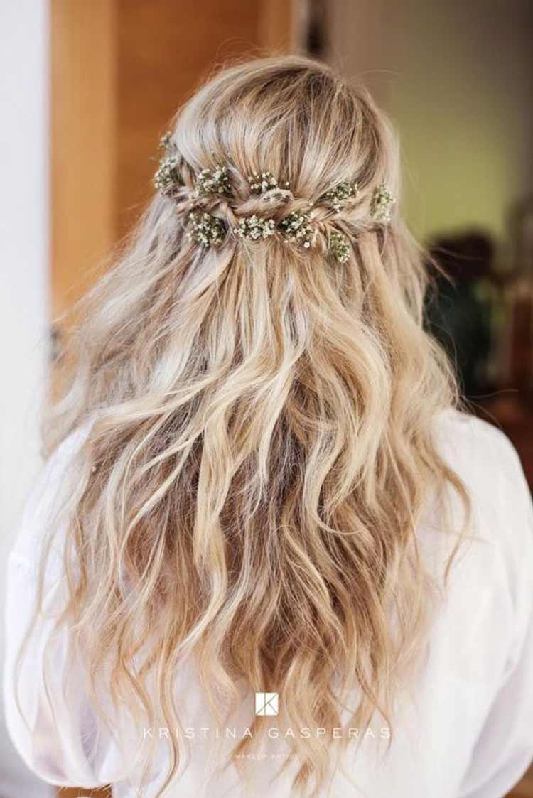 penteado-casamento-noiva-solto-com-flores-boho