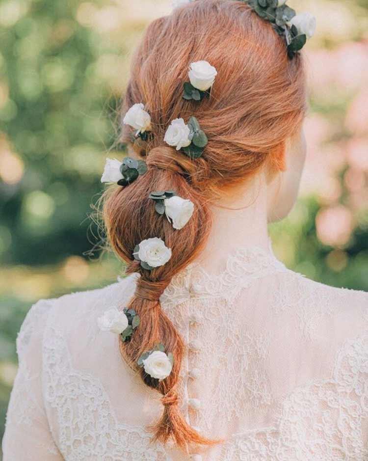 penteados-casamento-com-flores