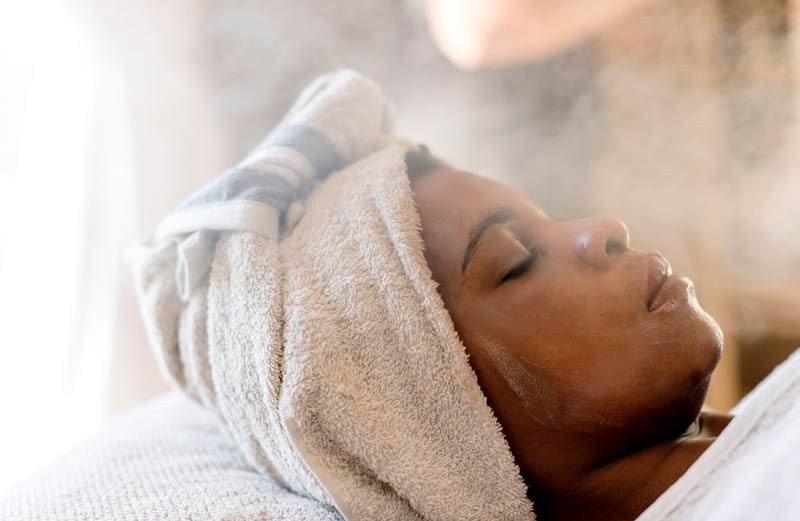 sauna-facial-cuidados-com-o-rosto