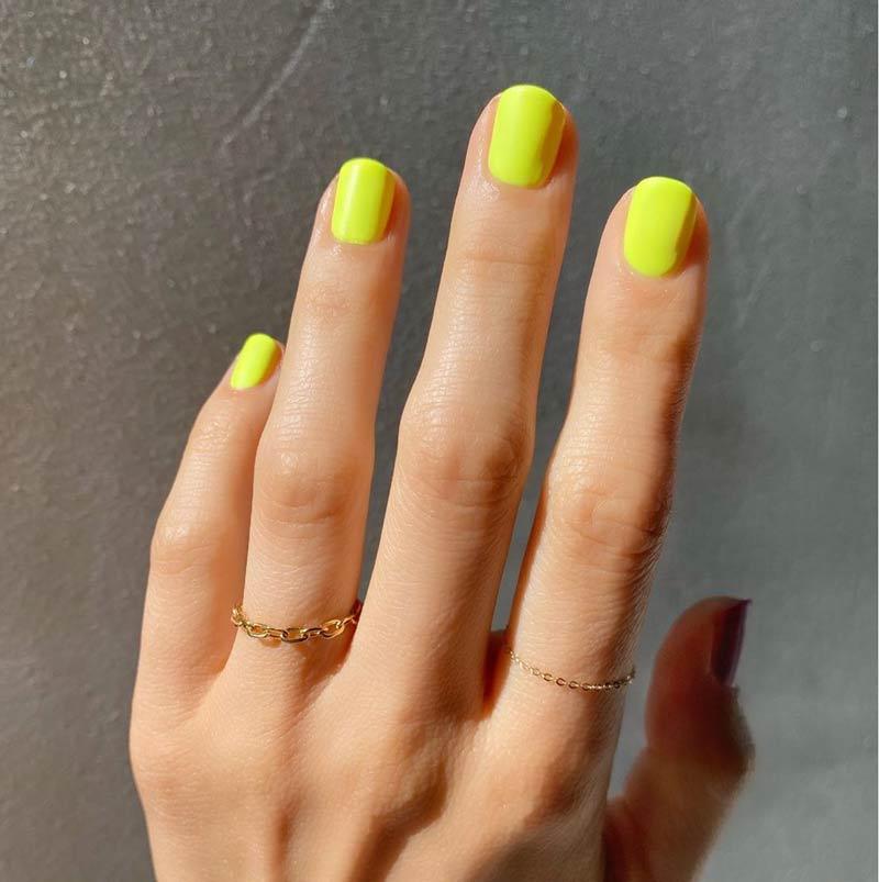 unha-amarelo-neon