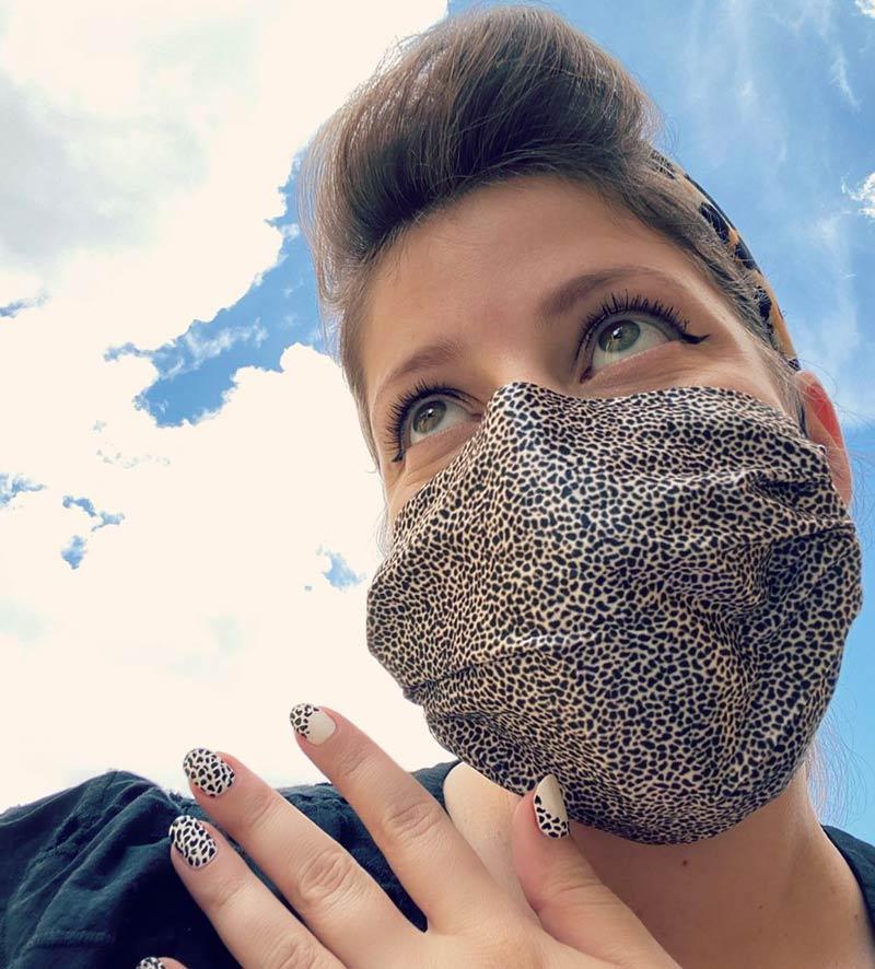 unha-e-estampa-mascara-facial-tendencia