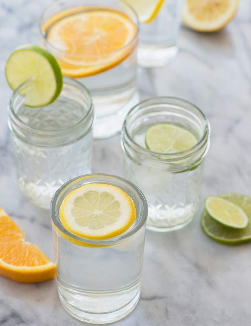 agua-saborizada-com-limao