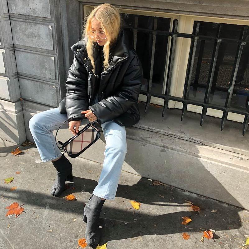 bolsa-baguete-calca-jeans-jaqueta-preta