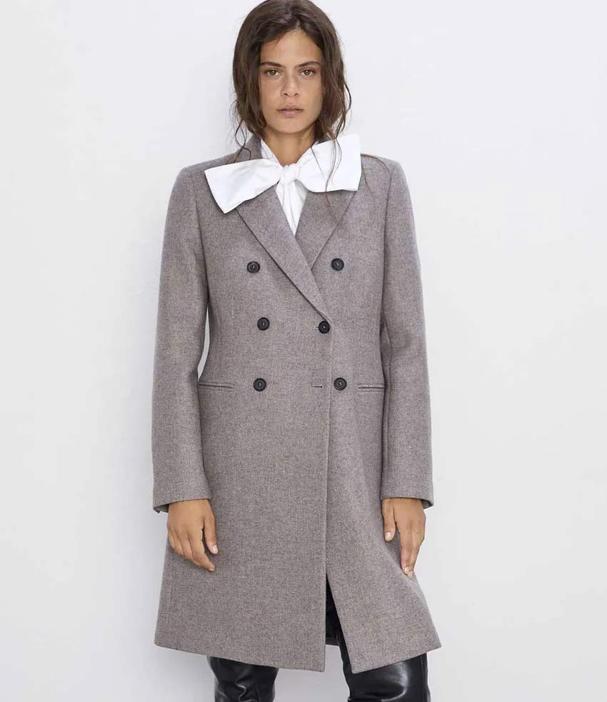 casaco-zara-cinza-com-camisa-gola-laco