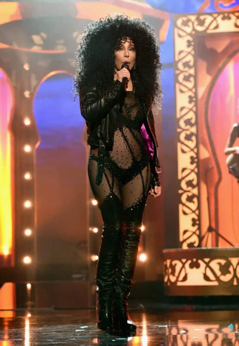 cher-looks-curly-hair