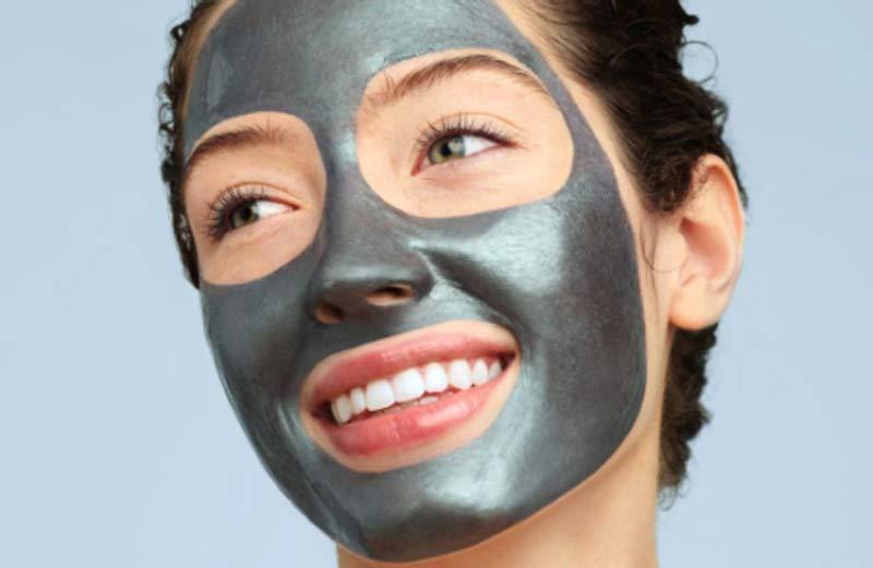 máscara-peel-off-beneficios-pele