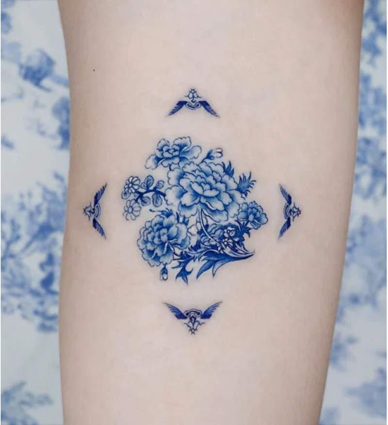 tatuagem-delft-blue-flores-porcelana