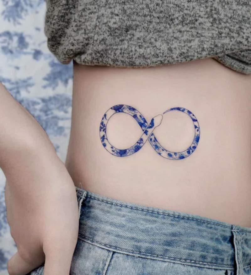 tatuagem-delft-blue-porcelana-cobra-infinito