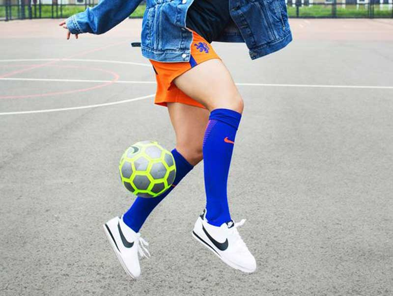 Chuteiras-de-futebol-prometem-ser-a-nova-tendência-feminina