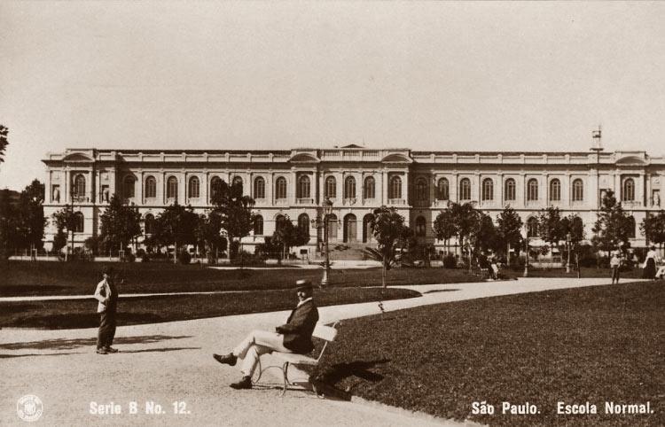 Escola Normal – Praça da República (1921)