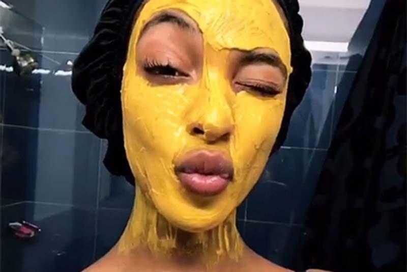 mascara-de-curcuma-acafrao