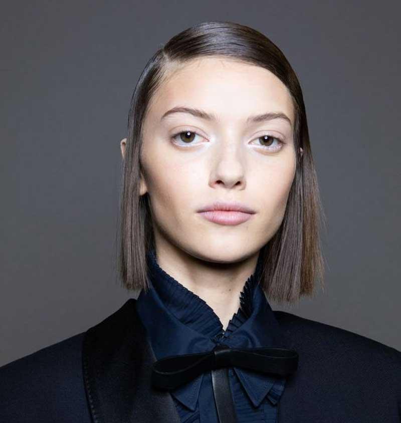 cabelo-divido-lateral-tendencia-penteados