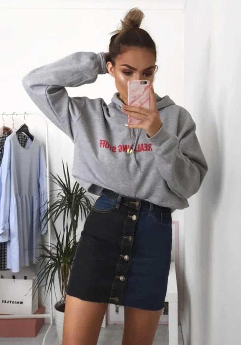 como-usar-moletom-estiloso-com-saia-jeans