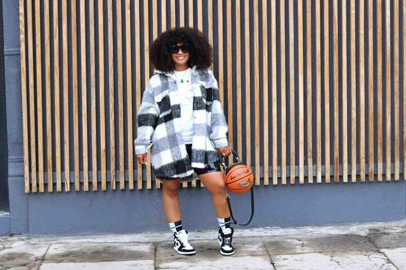 tendencia-shacket-jaqueta-estilo-camisa-looks-moda-de-rua-como-usar