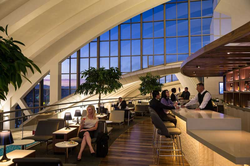 The-Star-Alliance-Lounge--Los-Angeles