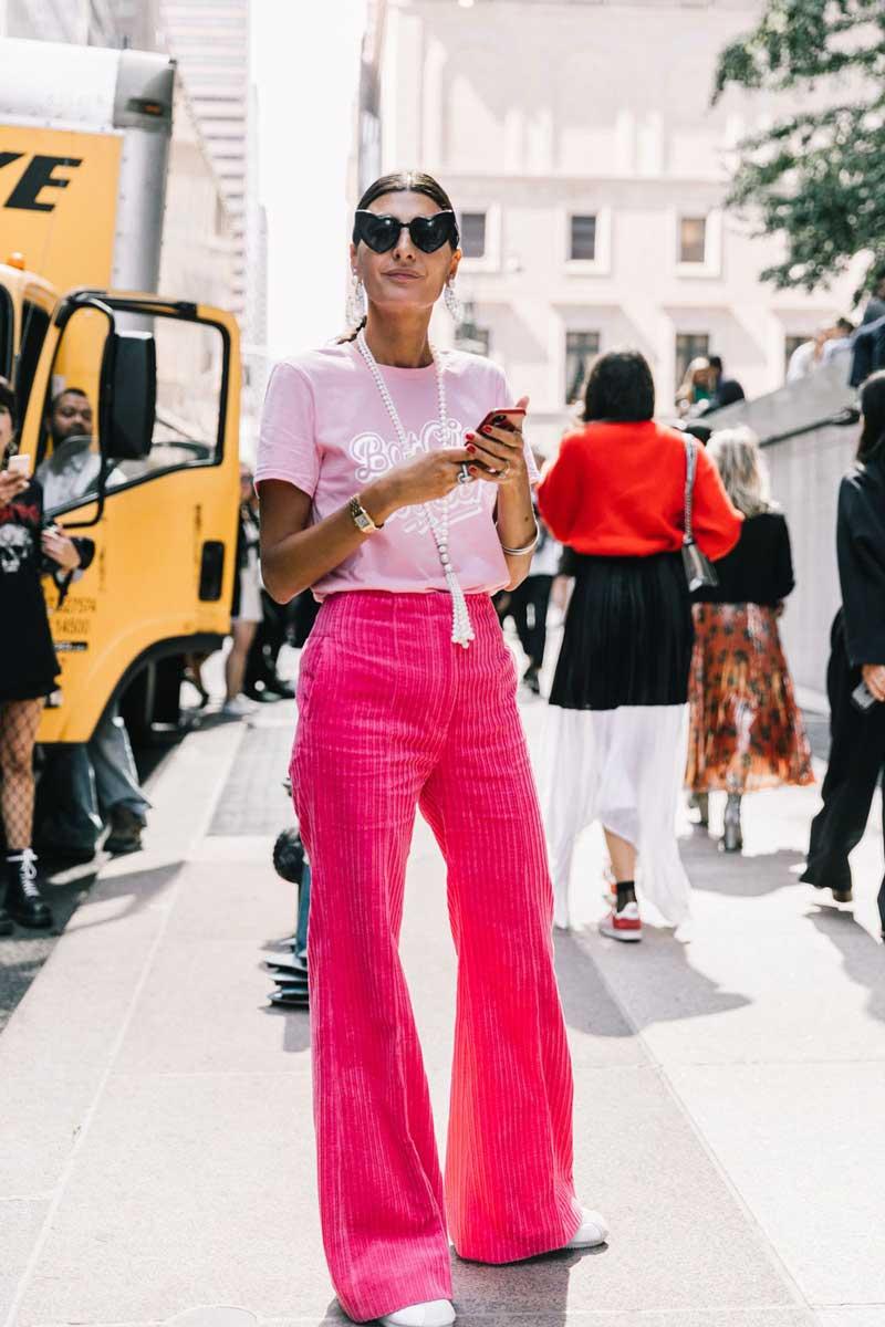 calca-veludo-cotele-rosa-como-usar