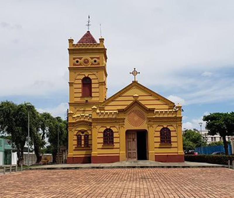 Igreja-Nossa-Senhora-do-Carmo-de-Rio-Branco