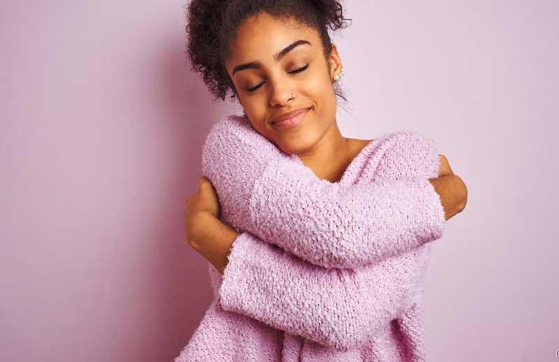 auto-abraco-terapia-de-amor-proprio