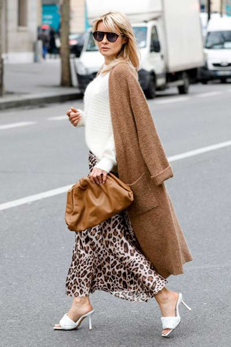 coatigans-cardigan-longo-com-saia-e-vestido-como-usar