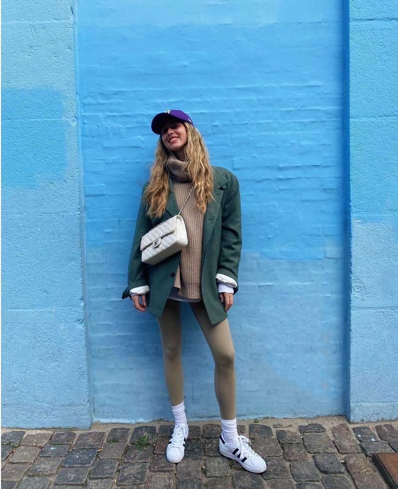 looks-with-legging-white-socks-on-top-how-to