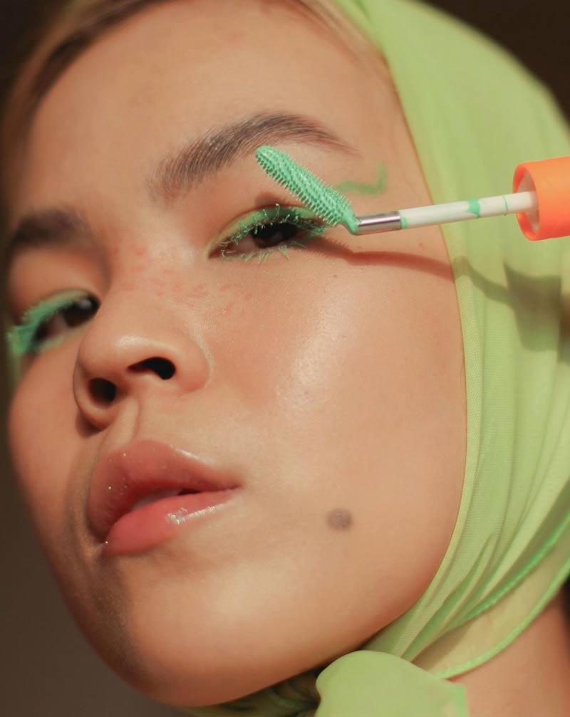 mascara-de-cilios-coloridas-verde-looks