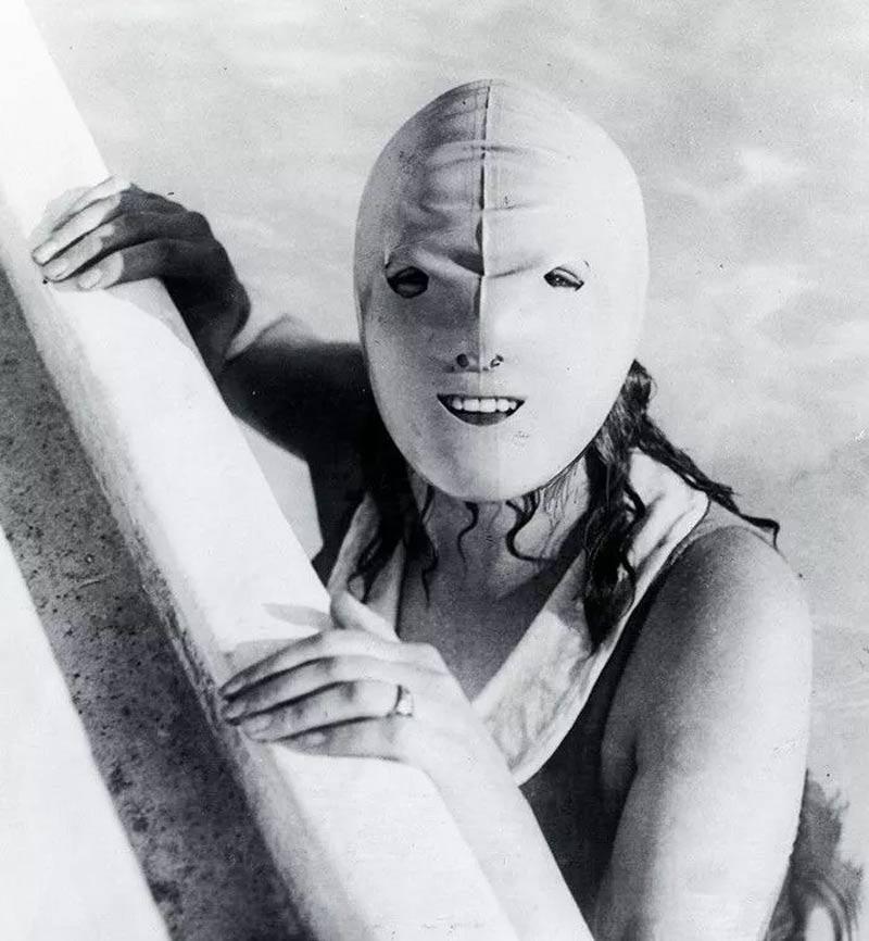mascara facial para nadar da piscina - Estas fotos de productos de belleza vintage son muy fascinantes.