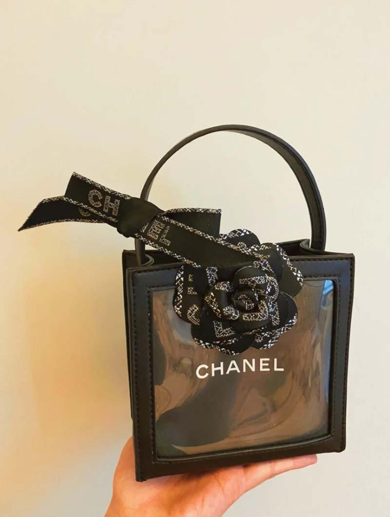 sacolas-de-compras-transformadas-em-bolsas-de-luxo