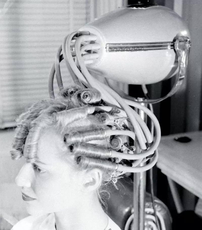 secador de cachos - Estas fotos de productos de belleza vintage son muy fascinantes.