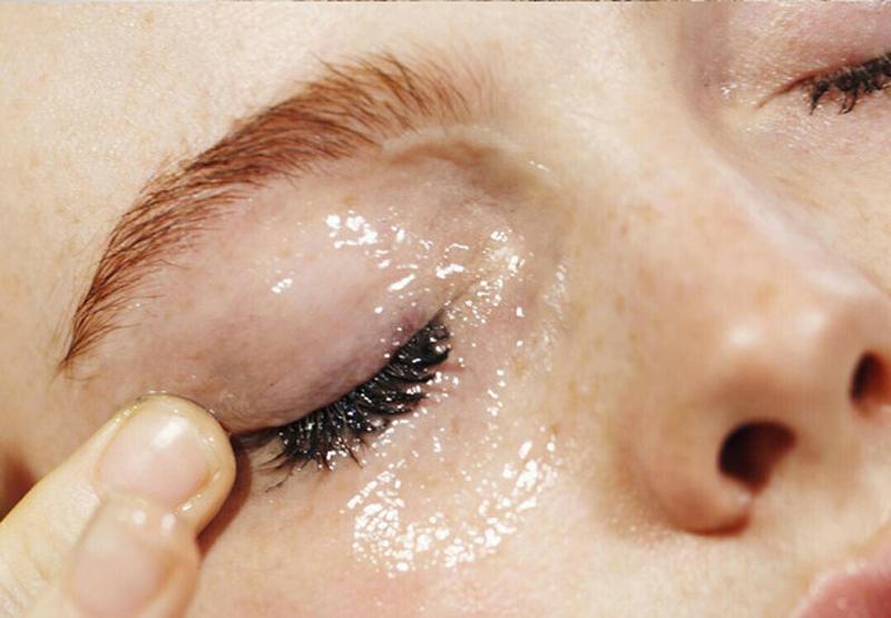 sobrancelhas-cilios-vaselina-cuidados-pele-tratamentos-de-beleza