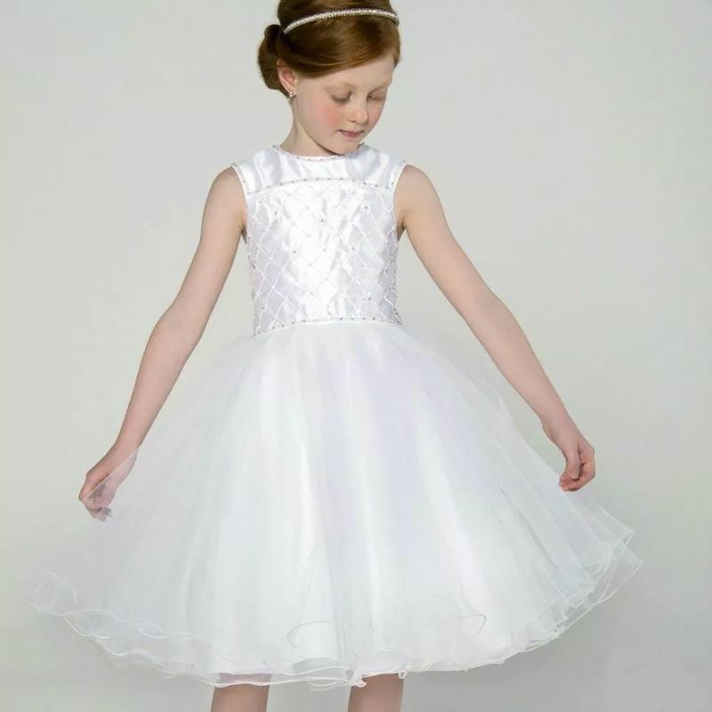vestidos-de-comunhao-com-tule
