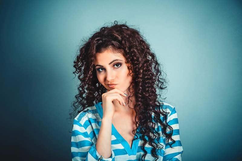 comportamento-mulher-roupas-beleza-passivo-agressivo