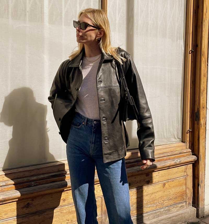 blazer de couro calça jeans