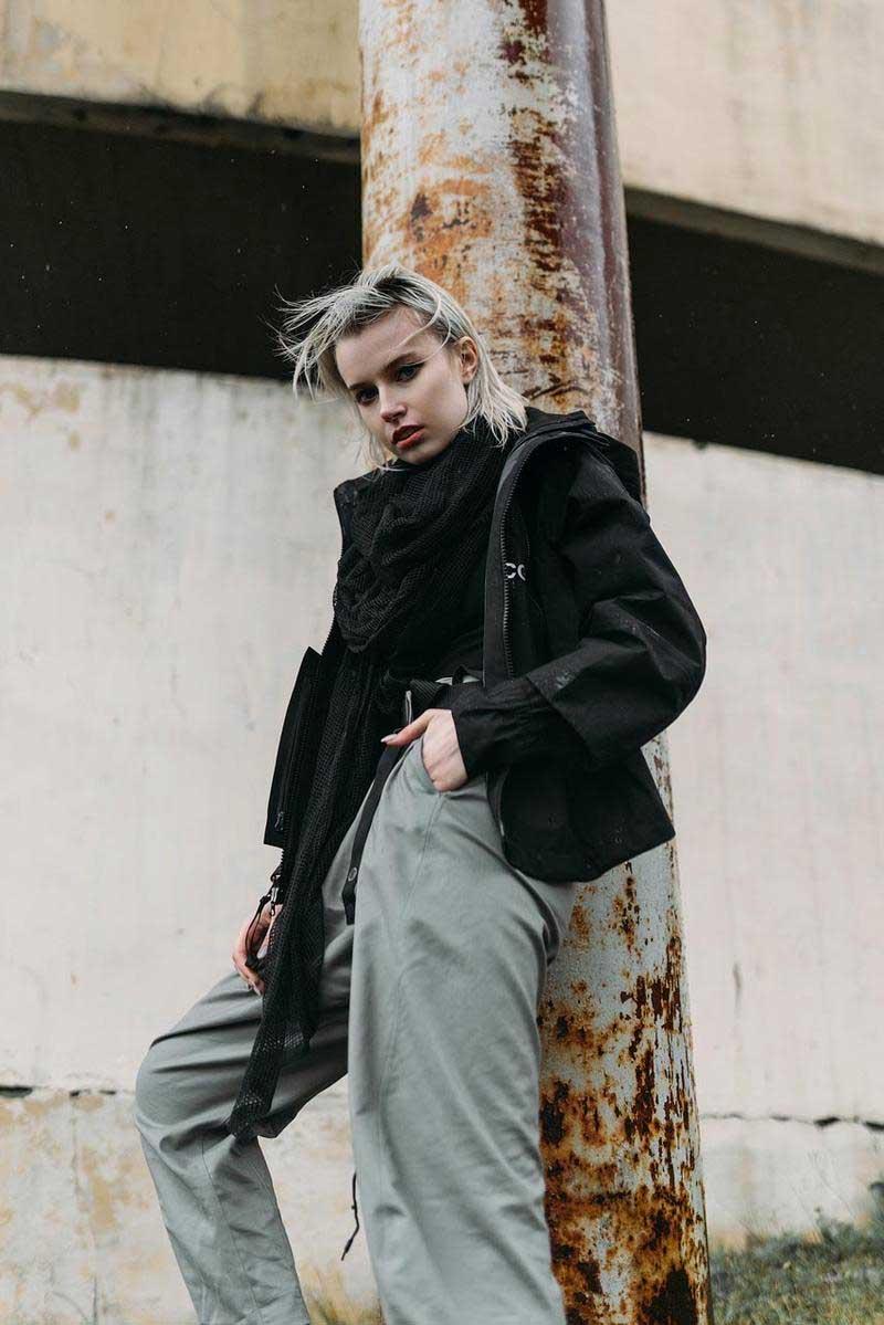 moda techwear looks estilo como usar roupas femininas