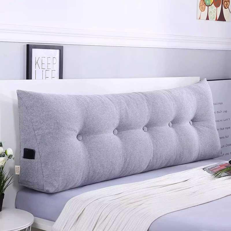 cabeceira de cama com almofada