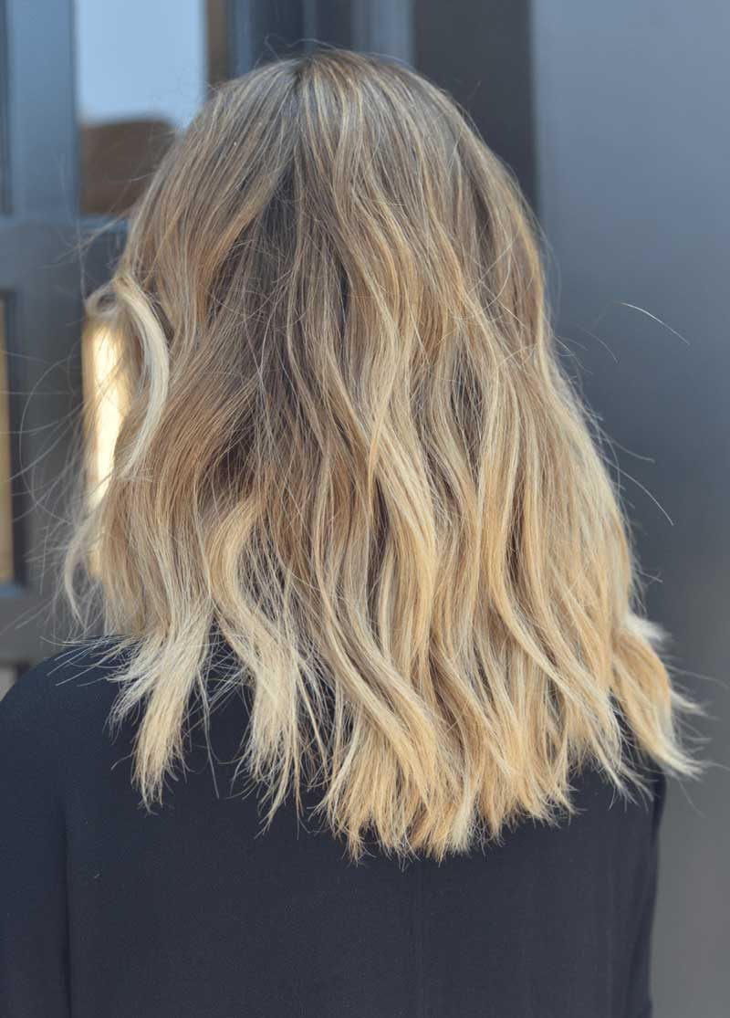 cabelo efeito praia ondulado