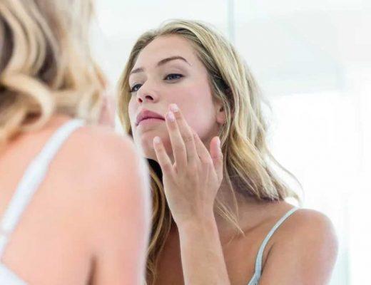 como remover marcas de espinhas do rosto