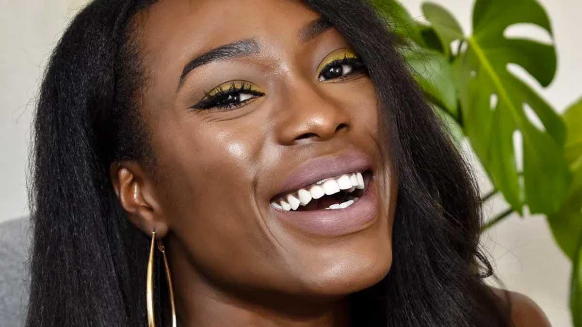 maquiagem colorida pele negra