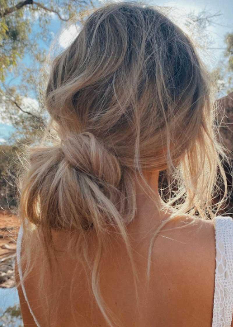penteados coque baixo com nó