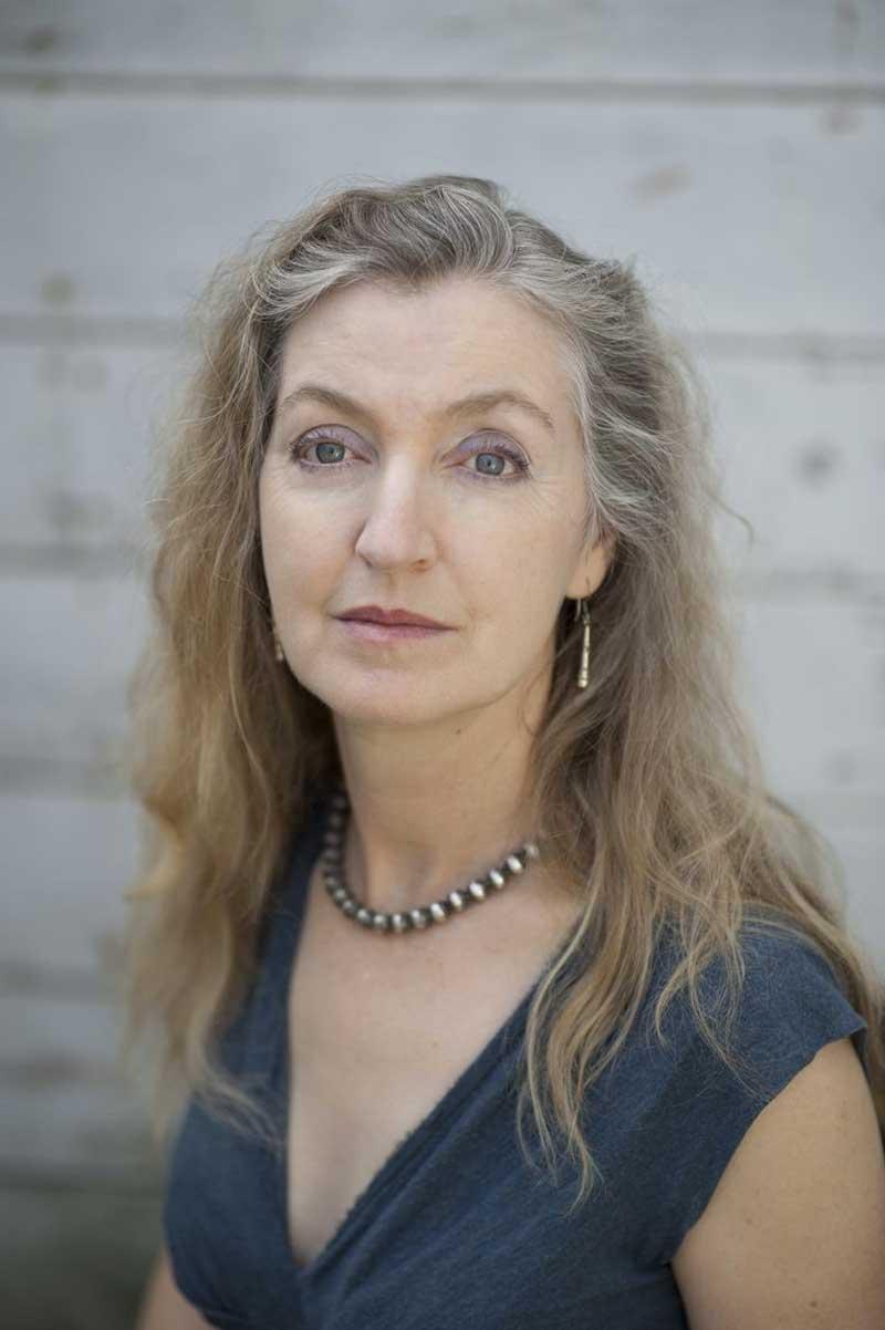 escritora feminista Rebecca Solnit